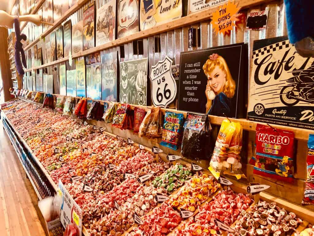 go to the candy store for a date